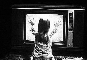 bambini-davanti-alla-tv